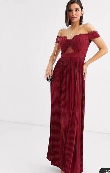 Vestido de dama de honor largo color guinda