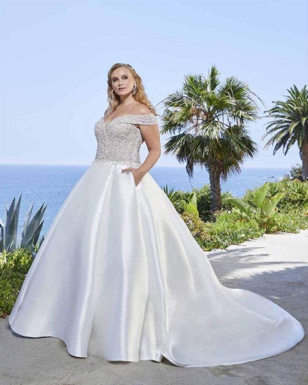VESTIDOS NOVIA GORDITAS 2021 vestido casablanca bridal detalle pedreria
