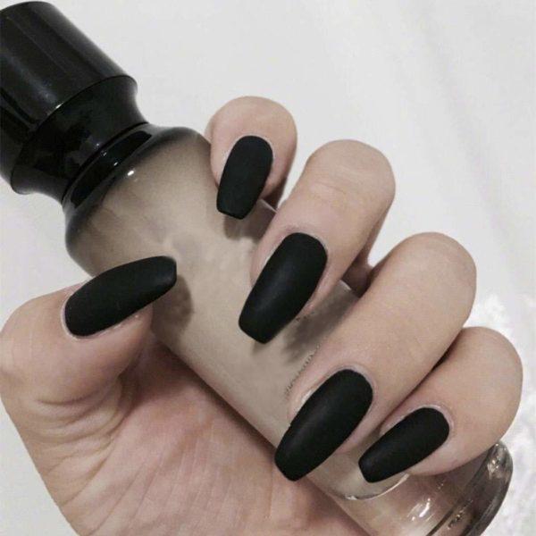 Diseño uñas de gel 2021 uñas negras