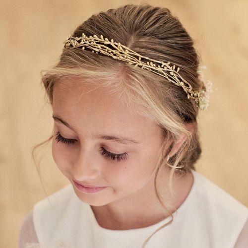 Peinados recogidos de comunión con corona