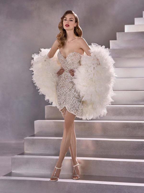 Vestidos de novia cortos 2021 pronovias cosmic