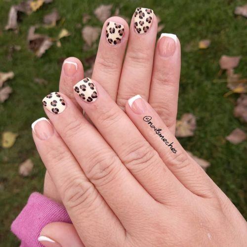 Uñas de corte recto con animal print