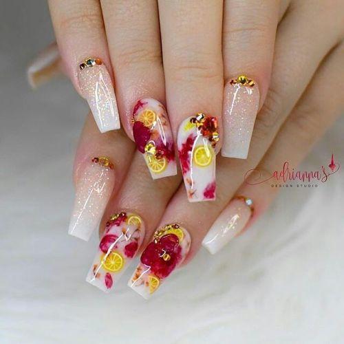 Uñas de porcelana nails art con naranjas
