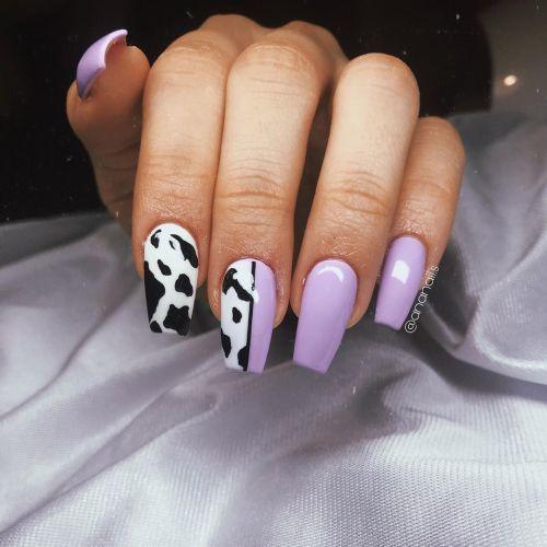 Uñas moradas con estilo vaca