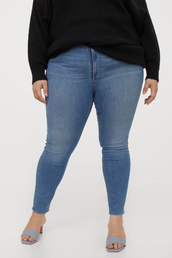 Ropa para gorditas otoño invierno H&M jeans skinny azul