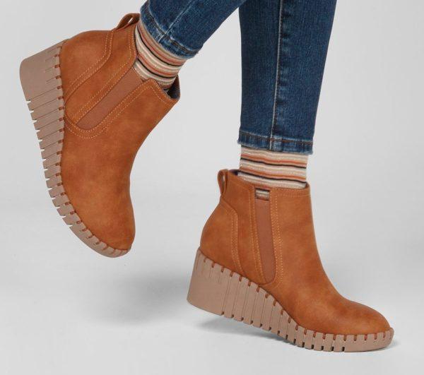 Catalogo de zapatillas de mujer skechers otoño invierno BOTAS pier ave