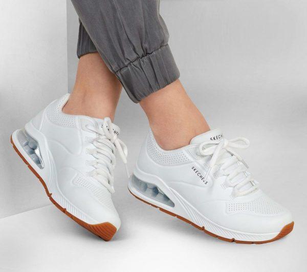 Catalogo de zapatillas de mujer skechers otoño invierno SNEAKERS air around you