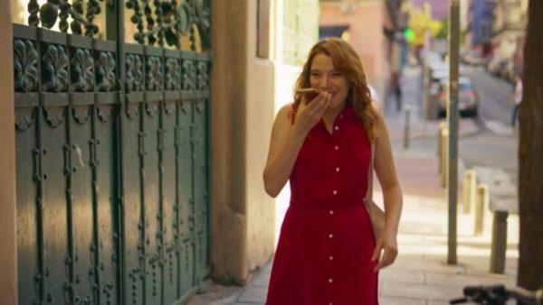 Mejores outfits valeria vestido rojo valeria