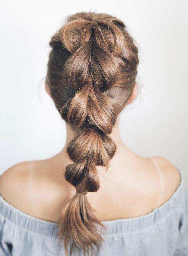 Peinados con trenzas con coleta