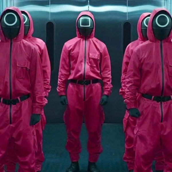 Disfraces de el juego del calamar para halloween 2021 diy facil disfraz guardian completo