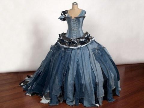 vestido de pantalones 480x360 Vestidos reciclados: Algunos ejemplos con galerías de fotos y videos.