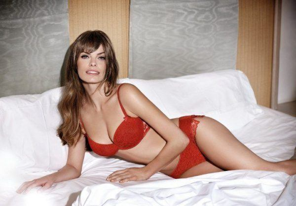 sexy-lenceria-para-navidad-2015-conjunto-rojo-de-selmark-lingerie