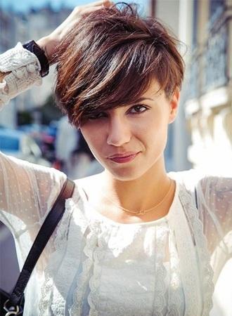 cortes-de-pelo-mujer-2015-cabello-corto-con-flequillo