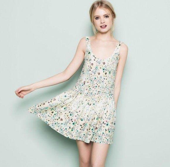vestidos-cortos-primavera-verano-2014-vestido-flores-pull-&-bear