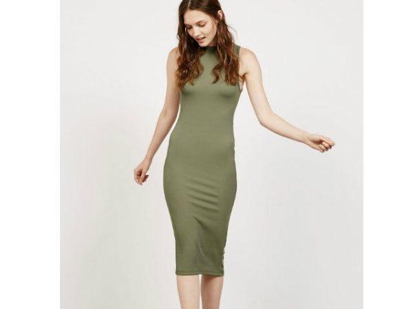 Como combinar un vestido verde militar