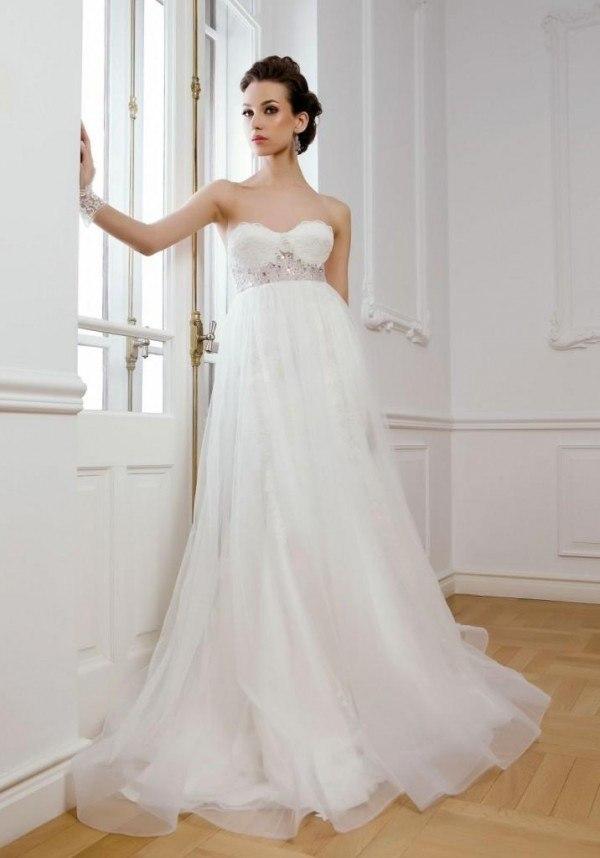 140610357 Vestidos de novia para embarazadas 2019 - ModaEllas.com