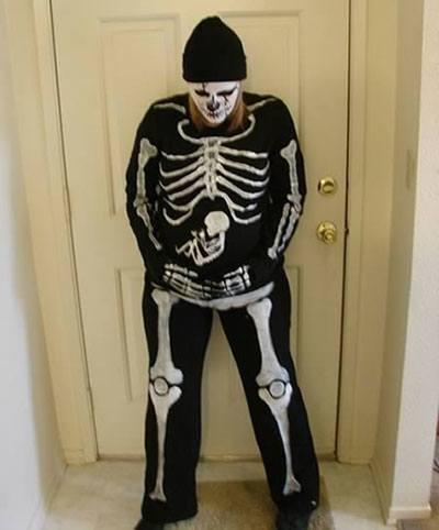 disfraces-de-halloween-2014-para-embarazadas-disfraz-de-esqueleto