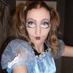 peinados-para-halloween-2014-peinado-coletas-muñeca