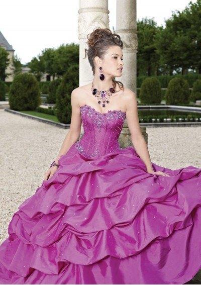 800bcd99bb Vestidos de 15 años - ModaEllas.com