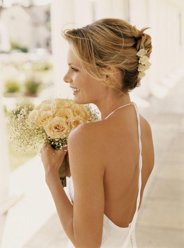 peinados-de-novia-2016-corto-flores