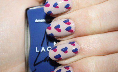 Corazonez decoración uñas