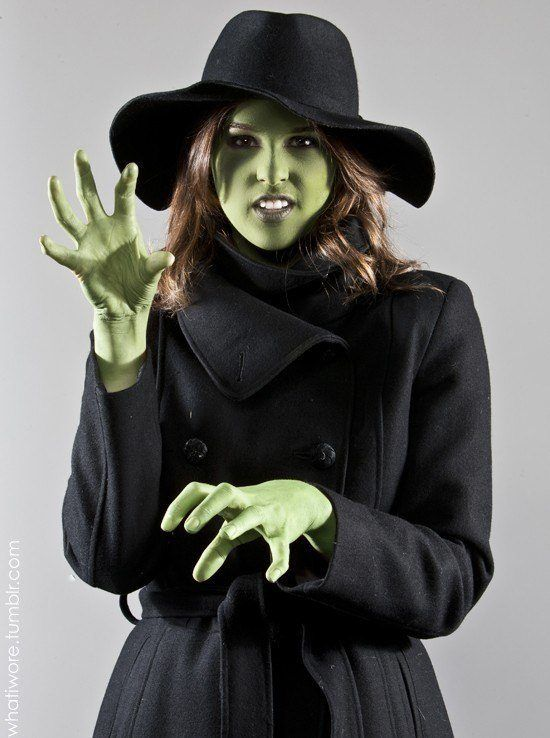 Disguises-home-witch-green