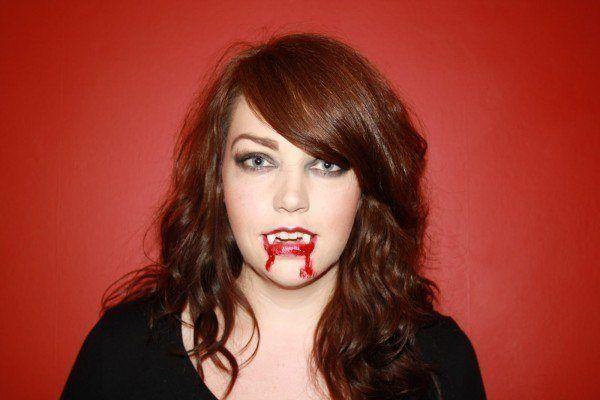 Disguises-homemade-make-up-vampira