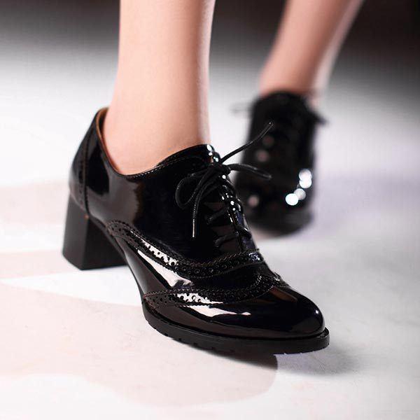ff618d9af8d8f Los zapatos para nochevieja 2019 más originales que puedes encontrar ...