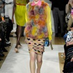 moschino_cheap___chic___pasarela_611967593_320x480