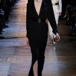 yves_saint_laurent___pasarela_285010186_320x480