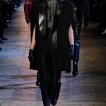 yves_saint_laurent___pasarela_416657898_320x480
