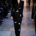 yves_saint_laurent___pasarela_487839524_320x480
