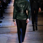 yves_saint_laurent___pasarela_608578697_320x480