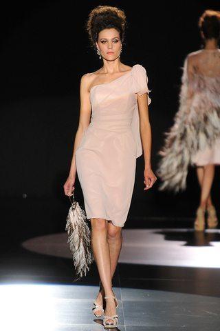 Distintos looks para invitadas de comunión 2015: Vestido Lucía Botella