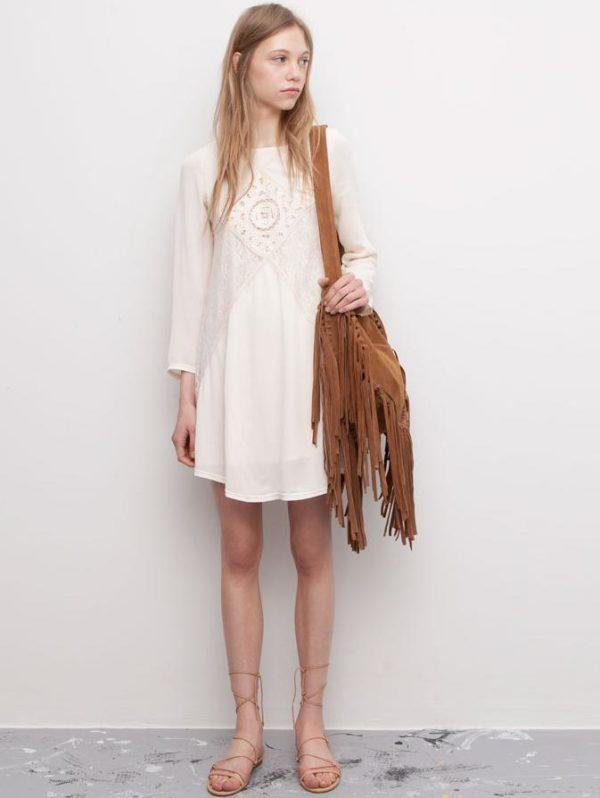 vestido-ibicenco-2015-con-bolos-de-flecos-de-pull-and-bear