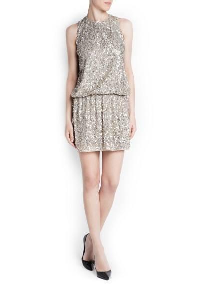 colores-de-moda-en-navidad-nochevieja-2013-vestido-lentejuelas-plateados-mango