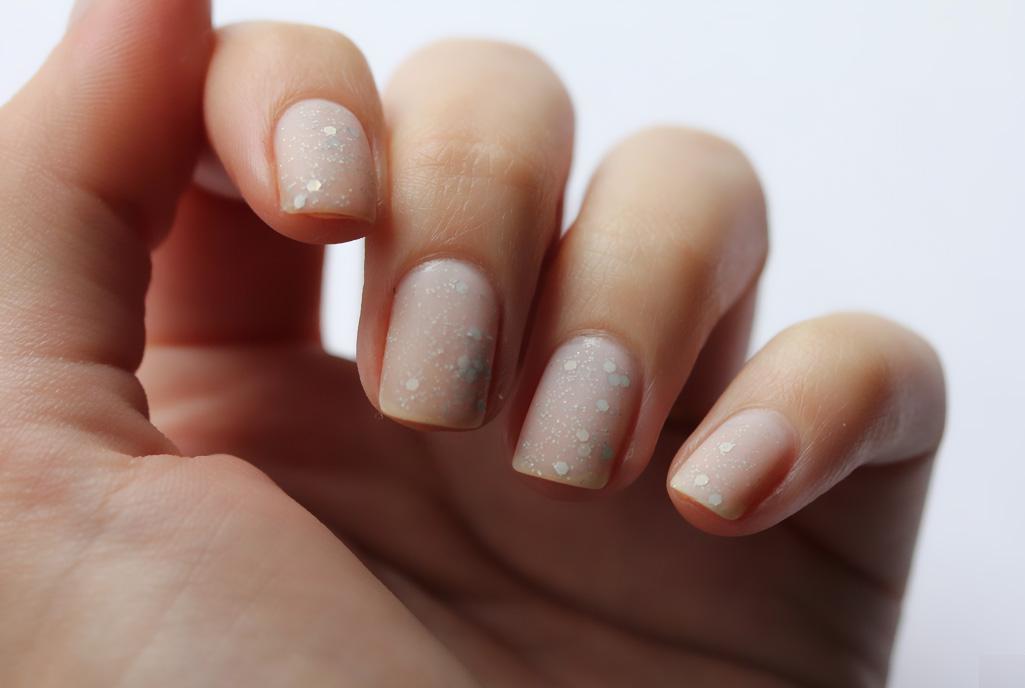 Decoración de uñas para novias 2018 - ModaEllas.com