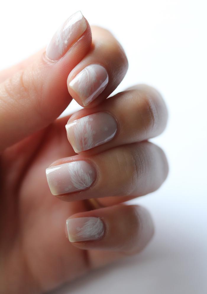 Plumas Decoración de uñas para novias 2013