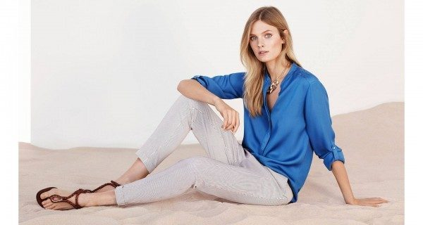 moda-massimo-dutti-primavera-verano-2014-pantalon-rayado-blusa-azul