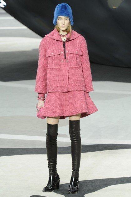 abrigo-rosa-chanel