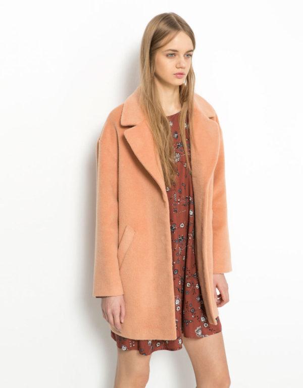 moda-adolescentes-otoño-invierno-2015-2016-abrigo-de-lana-de-bershka