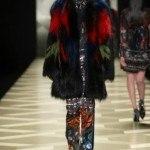 moda-otoño-invierno-2014-roberto-cavalli-pieles-colores