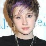 peinado-adolescente-corto-mechas