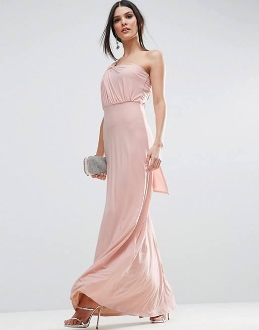 en venta b7947 a92ba Vestidos griegos 2019: los vestidos de moda - ModaEllas.com