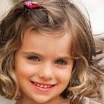 pelo suelto rizado 150x150 Cortes de pelo para niñas otoño invierno 2013  2014