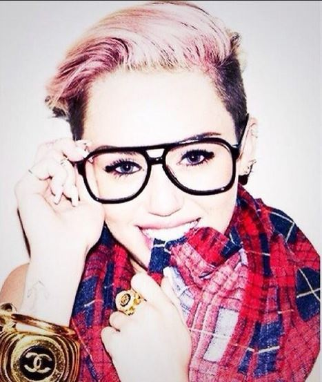 Maquillaje Miley