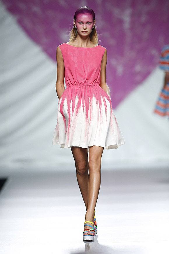 Tendencias-Moda-Madrid-Fashion-Week-primavera-verano-2014-camisa-vestido-corto-agatha.ruiz-de-la-prada