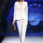Tendencias-Moda-Madrid-Fashion-Week-primavera-verano-2014-traje-blanco-francis-montesinos