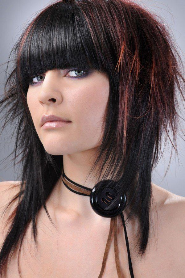 cortes-de-cabello-y-peinados-emo-para-chicas-2013-emo-con-mechas