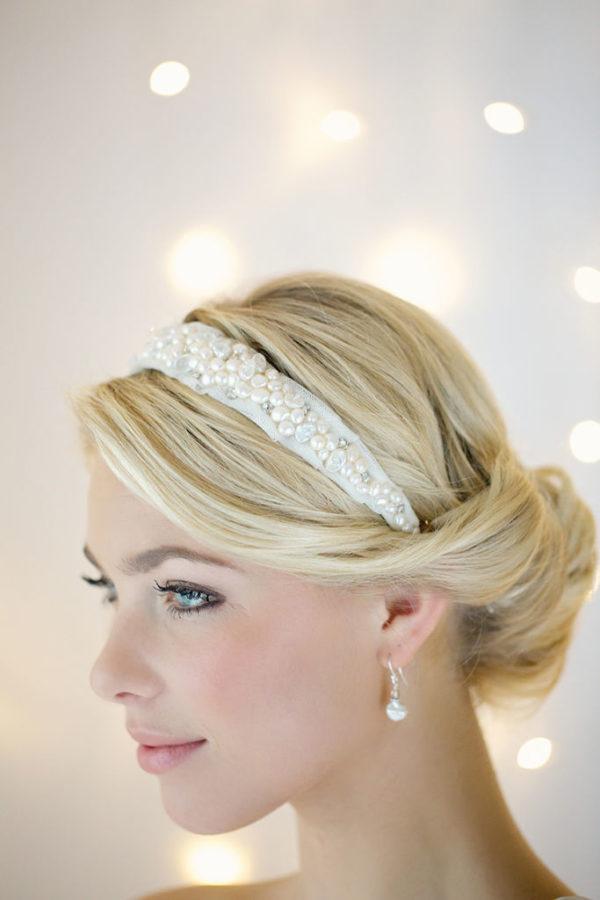 diademas-para-navidad-2015-modelo-de-flores-de-victoria-fergusson-diadema-blanca-con-perlas